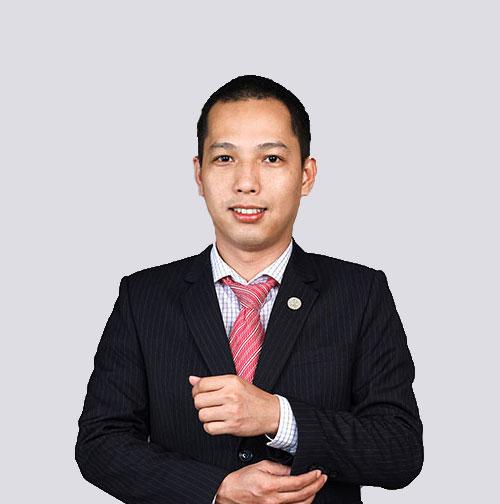 Ông Võ Mạnh Tín